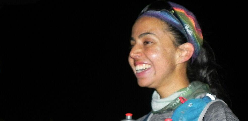 Visiblemente emocionada y a la vez exhausta, Daniela arribó al puesto de guardaparques de Horcones exactamente a las 21 horas y 17 minutos de la noche